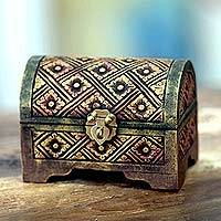 Wood mini chest, 'Padjadjaran Treasure' - Petite Antique Style Hand Crafted 6-Inch Floral Wooden Chest