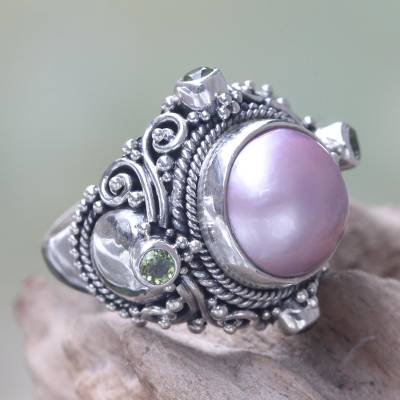 Cultured pearl and peridot cocktail ring, 'Regal Rose Glory' - Pink Mabe Pearl and Peridot Artisan Crafted Cocktail Ring