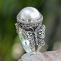 Cultured pearl cocktail ring, 'Butterfly Moon' - Mabe Pearl on Sterling Silver Ring with Butterflies