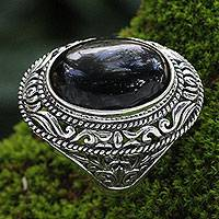 Onyx cocktail ring, 'Amed Eclipse' - Ornate Handcrafted Onyx and Silver Bali Cocktail Ring