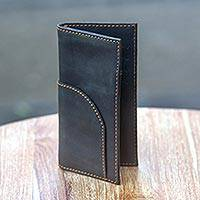 Men's leather wallet, 'Simplicity in Black' - Black Leather Bifold Wallet for Men Crafted by Hand