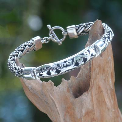 Sterling silver braided bracelet, 'Telaga Waja River' - Handcrafted Sterling Silver Bracelet from Bali