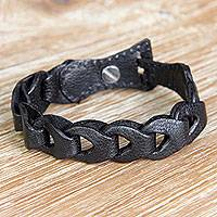 Leather link bracelet, 'Infinity in Black' - Fair Trade Unisex Black Leather Link Bracelet