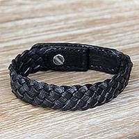 Braided leather bracelet, 'Black Chain' - Braided Black Wristband Style Leather Bracelet