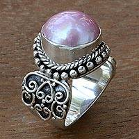 Cultured mabe pearl cocktail ring,