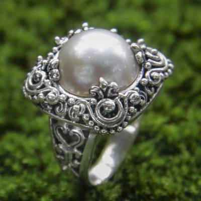 Cultured pearl cocktail ring, 'Spirit of the Moon' - Modern Balinese Cultured Pearl Ring in Sterling Silver