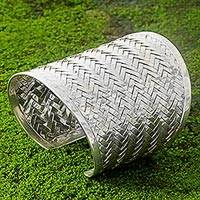 Sterling silver cuff bracelet, 'Tropical Rattan' - Balinese Handwoven Wide Sterling Silver Cuff Bracelet