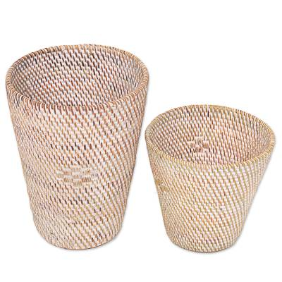 Ate grass baskets, 'Sembalun' (pair) - Set of Two Ate Grass and Bamboo Stalk Indonesian Baskets