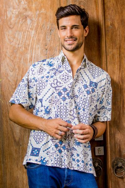 Men's cotton batik shirt, 'Island Batik' - Men's Blue & White Short Sleeve Cotton Batik Button Shirt