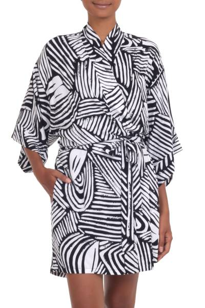 Short Rayon Robe in Black and White from Indonesia