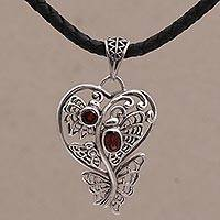Garnet pendant necklace,