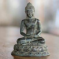 Bronze statuette, 'Meditating Siddhartha' - Antiqued Bronze Statuette of Budhha by Balinese Artisans