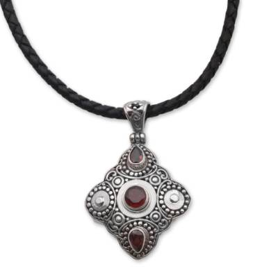 Garnet and 925 Sterling Silver Pendant Necklace from Bali