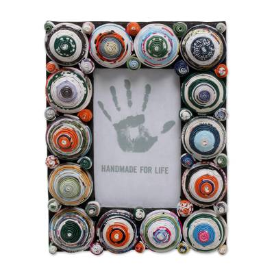 3x5 Recycled Paper Photo Frame with Multicolored Circles