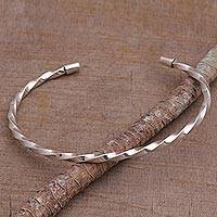 Sterling Silver Cuff Bracelet Shimmering Twist (indonesia)