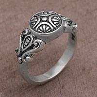 Sterling silver cocktail ring, 'First Sight' - Handcrafted Sterling Silver Round Cocktail Ring from Bali