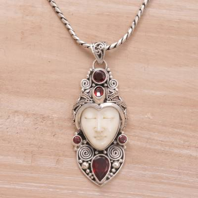 Garnet pendant necklace, Royal Knight