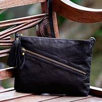 Leather shoulder bag, 'Maros Majesty' - Black Leather Shoulder Bag with Zipper and Adjustable Strap