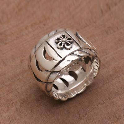 Sterling Silver Openwork Band Ring from Bali