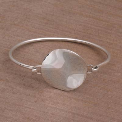 Sterling silver pendant bracelet, 'Hopeful Reflection' - Handcrafted Sterling Silver Pendant Bracelet from Bali