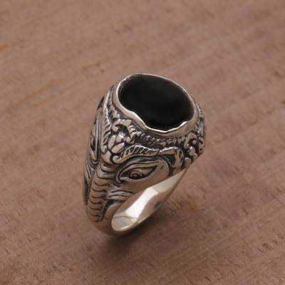 silver band ring with stones