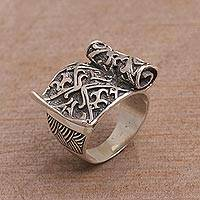 Sterling silver cocktail ring, 'Magic Scroll' - Sterling Silver Scroll Cocktail Ring from Bali