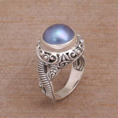 Elegant Cocktail Ring with Blue Cultured Pearl