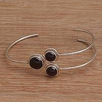 Garnet pendant bracelet Three Orbs (Indonesia)