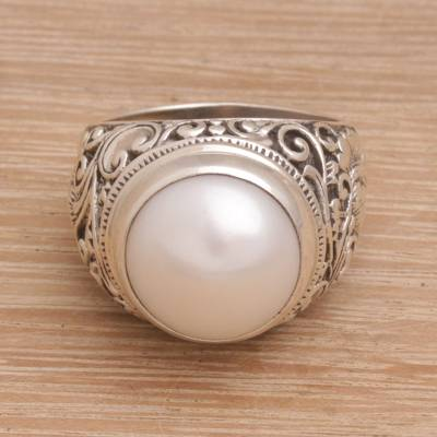 Cultured pearl cocktail ring, 'Floral Crown' - Cultured Pearl Floral Cocktail Ring from Bali