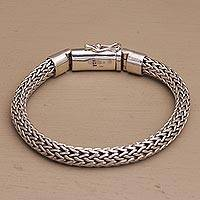 Men's sterling silver chain bracelet, 'Dragon Links' - Men's Sterling Silver Naga Chain Bracelet from Bali