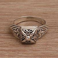 Sterling silver cocktail ring, 'Celuk Crown' - Artisan Crafted Sterling Silver Cocktail Ring from Bali