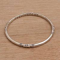 Sterling silver bangle bracelet, 'Pure Independence' - Handmade 925 Sterling Silver Bangle Bracelet Made in Bali
