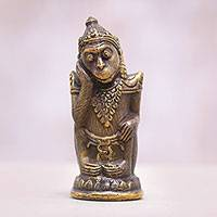 Bronze statuette, 'Lutung Kasarung' - Bronze Sudanese Folklore Monkey Statuette from Bali