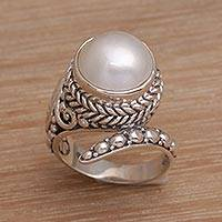 Cultured pearl cocktail ring, 'Coiled Asp' - Handmade 925 Sterling Silver Cultured Pearl Snake Ring