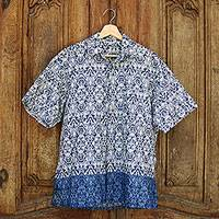 Men's cotton short sleeve shirt, 'Jepara Sky' - Men's Prussian Blue on Ivory Print Cotton Short Sleeve Shirt