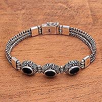 Onyx pendant bracelet,