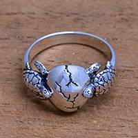 Sterling silver cocktail ring, 'Turtle Romance' - Sea Turtle Sterling Silver Cocktail Ring from Bali