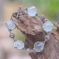 Chalcedony and peridot link bracelet,