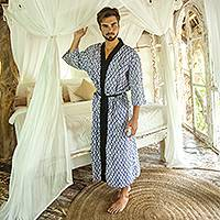 Men's cotton robe, 'Sanur Diamonds' - Navy Diamond Motif Men's Cotton Robe from Bali