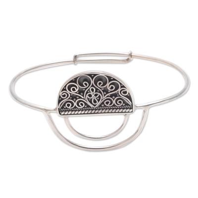 Unique Round Half Open Sterling Silver Pendant Bracelet
