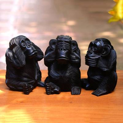 Wood sculptures, Helpful Monkeys (set of 3)