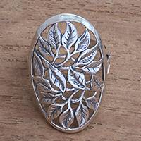 Sterling silver cocktail ring, 'Many Leaves' - Leaf Motif Sterling Silver Cocktail Ring from Bali