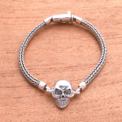 Men's sterling silver pendant bracelet, 'Bold Trunyan' - Men's Sterling Silver Skull Pendant Bracelet from Bali