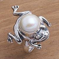 Cultured pearl cocktail ring, 'Free-Spirited Frog' - Cultured Pearl and Sterling Silver Frog Ring