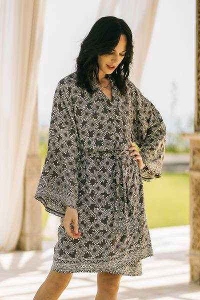 Short rayon batik robe, 'Nebula in Pewter' - Pewter Grey Batik Short Rayon Robe