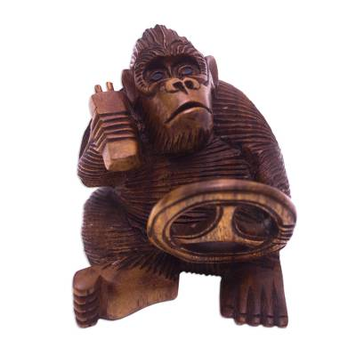 Suar Wood Monkey Sculpture