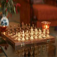 Wood chess set, 'Grandeur'