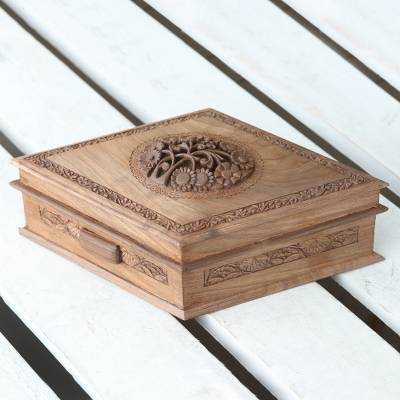 Walnut wood jewelry box, 'Diamond Blossom' - Floral Wood Jewelry Box