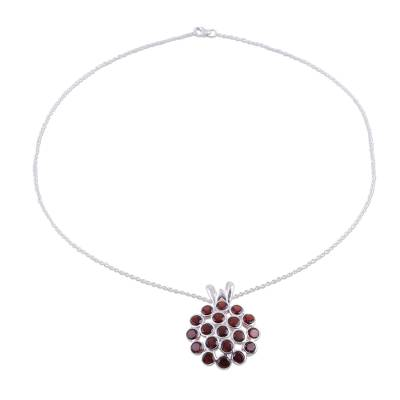 Garnet pendant necklace