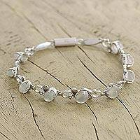 Moonstone flower bracelet, 'Moonlit Dreams' - Moonstone flower bracelet